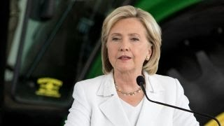 Huckabee: Hillary Clinton needs to quit blaming everyone but herself