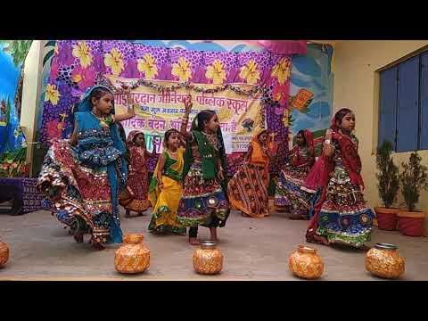 Sai vardan genius public school lakshmi nagar Folk dance 😇😇2017-18