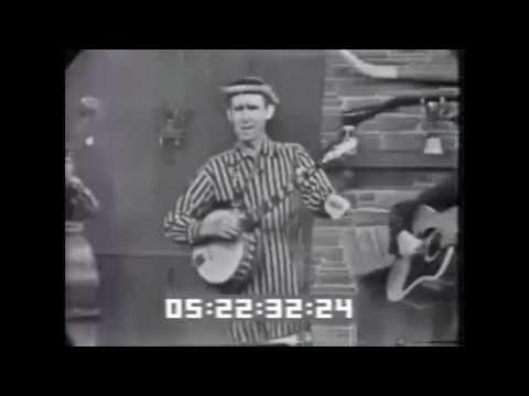 """David """"Stringbean"""" Akeman - """"Run Little Rabbit Run"""" -- a tribute to """"Stringbean"""""""