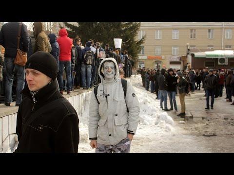 2017-03-26. Как Навальный в Омске снег убирал #ОнВамНеДимон #ДимонОтветит