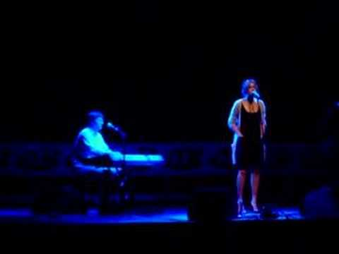 Mandy Moore Concert