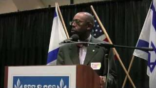UC Irvine Chancellor at Israeli Ambassador Oren Event
