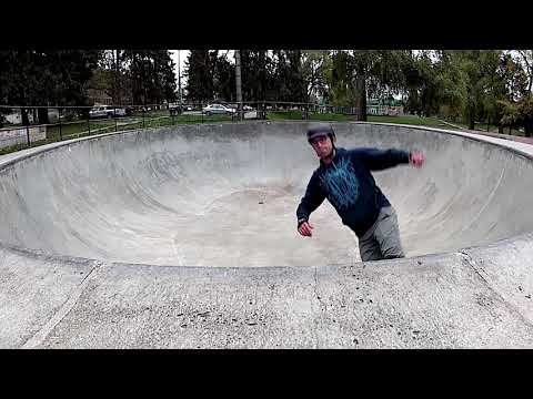 45 year old skating in Seattle #7- Delridge Skatepark