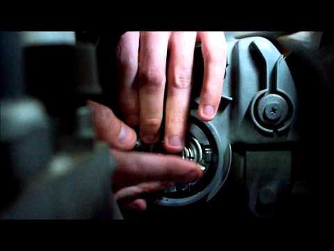Toyota Echo headlight-bulb replacement.