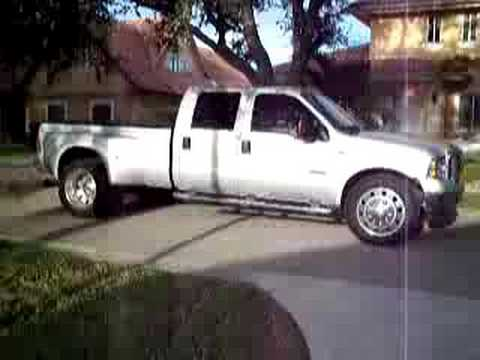 Ford F350 Spinning 22.5 - YouTube