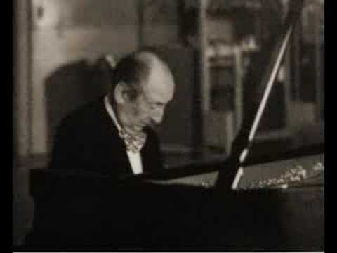 Horowitz plays Schubert´s Military March in D flat major
