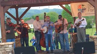 One of the best Bluegrass Bands I have ever heard,🎼🕺💃💤