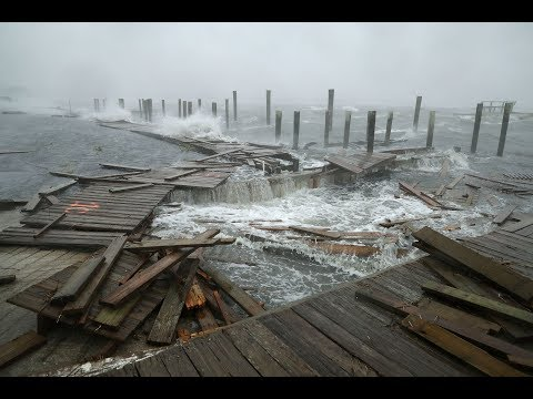 Hurricane Florence floods parts of the Carolinas with poundi