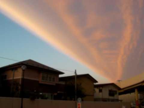 2009.9.30地震雲? Earthquake cloud?