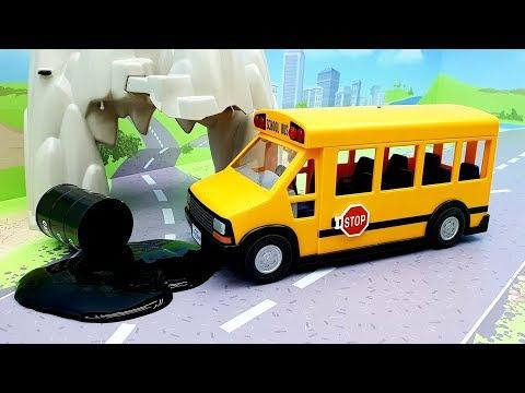 Мультики про машинки - видео для детей с игрушками Плеймобил - Не проспи!