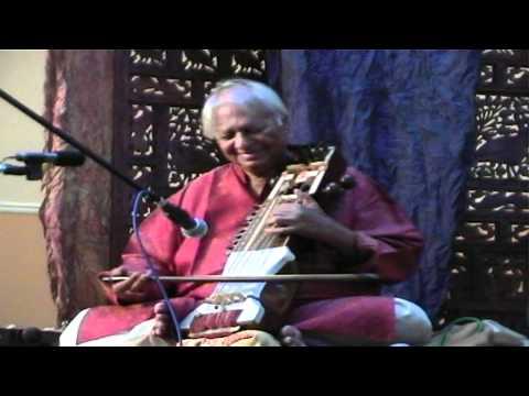 Sarangi Solo Pandit Ram Narayan, Raag Shree.