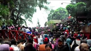 Penuhnya pemandian wisata air panas GUCI Tegal Jawa tengah thumbnail