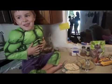 almond-flour-pancakes-with-the-hulk:)....paleo