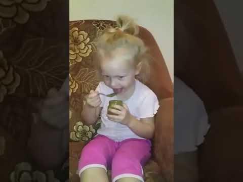 Брокколи - это не йогурт с шариками ! #ребенок #броколли #плохо #смешнодослез