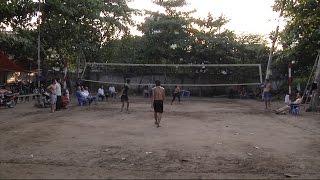 (VTC14)_Những người chơi bóng chuyền… không dùng tay