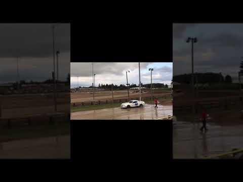 B-mod heat race 7/13/2017 Merritt speedway