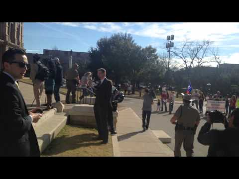 Protester grabs mic from speaker at Texas Muslim Capitol Day
