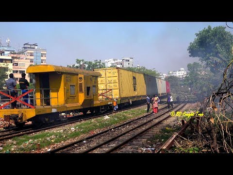 BD Freight Train Getting 360 Degree Curve While Passing Khilgaon Flyover , Dhaka , Babgladesh