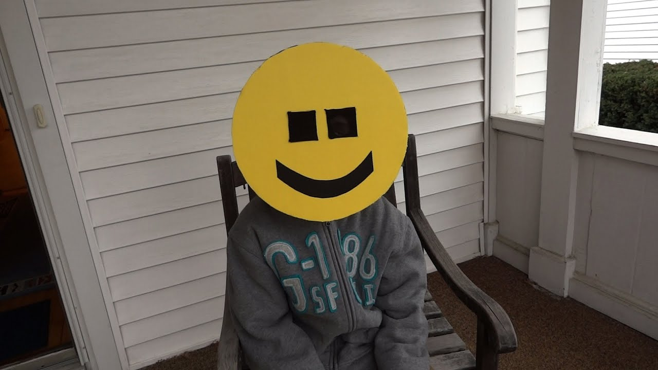 Make a happy face emoji mask for your halloween costume youtube solutioingenieria Gallery
