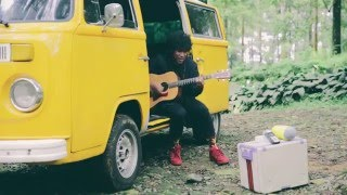Gambar cover #TheYellowVolksSession with Teddy Adhitya /// In Your Wonderland (Live Acoustic Version)