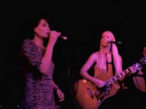 Tina Dico, Sophie Barker and Tarka Sands (live)
