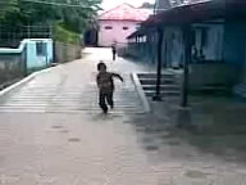 Video Lucu untuk anak kecil.mp4