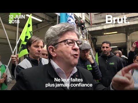 Jean-Luc Mélenchon prend la parole devant les cheminots à Paris