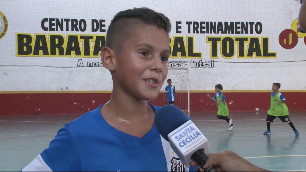 Equipe sub-9 do Santos Futebol Clube é campeã em torneio disputado na  Espanha 35cb22b518584