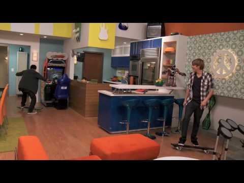 Big Time Rush gives you a tour of the set!