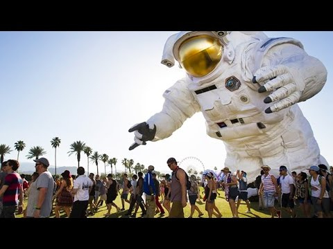 Mega-Music Festivals Worth Traveling To In 2016 | UPROXX Dailys