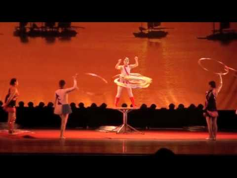 Shanghai Acrobats - Highlights