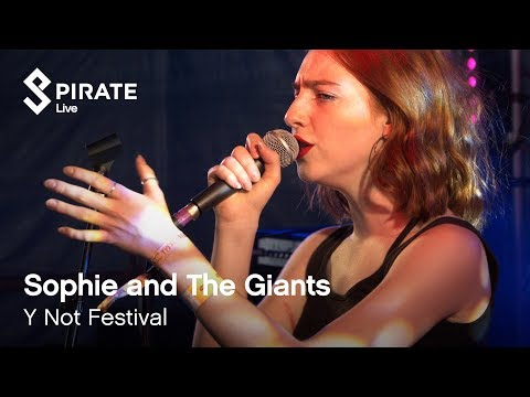Sophie and The Giants - 'Bulldog' (HD) // Pirate Live // Pirate Studios