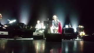 Play Vedrai Vedrai  Oblivion (Live from Venice)