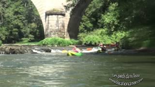 Location canoe à Saint Antonin Noble Val. Les pieds dans l'eau (longue version)