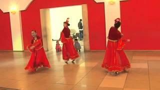 видео узбекский национальный танец в ресторане на банкете танцевальная группа(www.праздничное-агентство-праздников-в-городе-павлодар.рф 8-705-613-24-24 8 - 7182 - 60-43-82 павлодар жар жар Инстаграмм..., 2016-04-07T17:57:17.000Z)