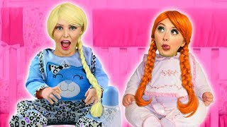 ELSA AND ANNA BABIES! (Will Kristoff and Belle Save Them) Totally TV Pretend Play