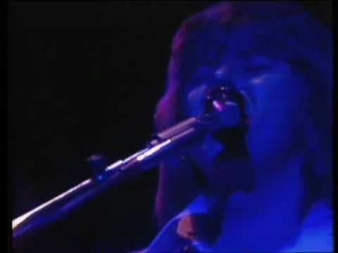 Chicago (band)- If You Leave Me Now- LIVE 1977