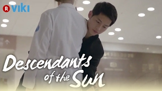 Descendants of the Sun EP1 Song Joong Ki Knocks Song Hye Kyo 39 s Phone Out Of Her Hand Eng Sub
