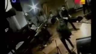 Naif-Towal Towel live on MTV