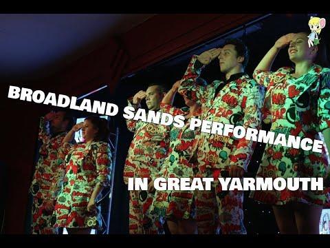 BROADLAND SANDS PERFORMANCE | DangermouseCreeper