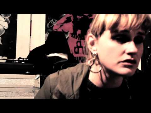 LIONESS REMIX - LA LA & THE BOO YA feat LADY CHANN - CONGO NATTY MEETS VITAL ELEMENTS