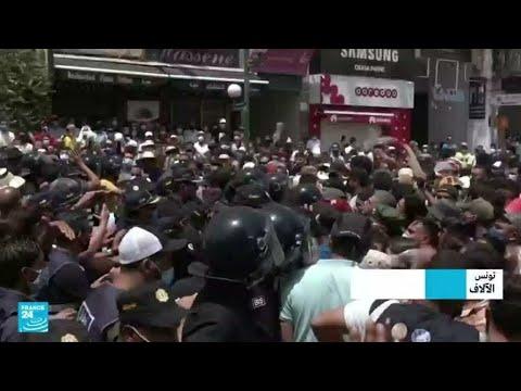 ...تونس: محتجون بعدة محافظات يطالبون الحكومة بالتنحي وح