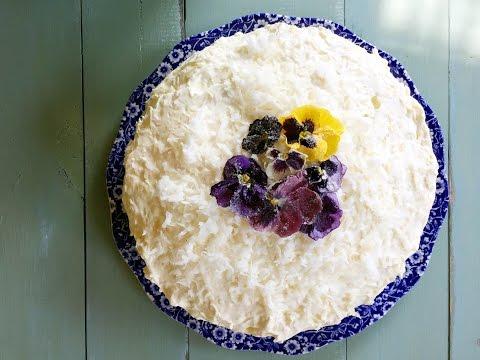 PINEAPPLE MANDARIN CELEBRATION CAKE