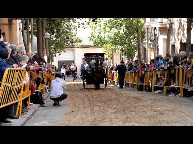 Se celebra la festa dels Tres Tombs de Molins de Rei, sota polèmica