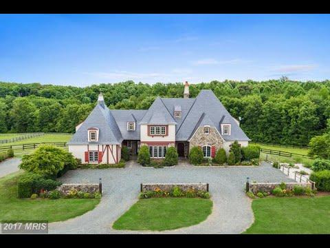 Homes for sale - 70 Legacy Lane, Fredericksburg, VA 22406