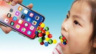 핸드폰 속에 초콜렛을 넣으면? 서은이의 핸드폰 초콜렛 봉지 만들기 Making Chocolate Case on Phone Seoeun Story