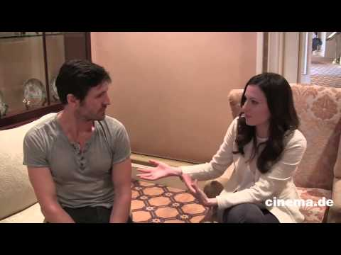 Eoin Macken und Jill Flint  The Night Shift    CINEMARedaktion