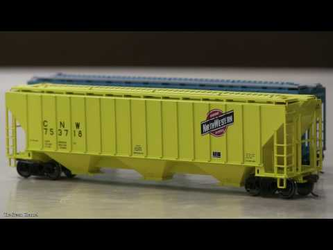 Review: Atlas Trainman 4750 Covered Hopper Cars