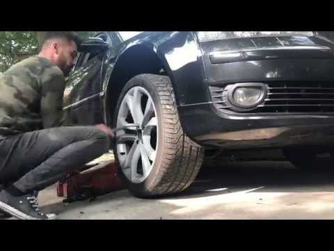audi a8 d3 how to change the abs sensor youtube. Black Bedroom Furniture Sets. Home Design Ideas