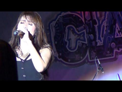 Momo Geisha - Cobalah Mengerti (Live in Pangkalpinang)